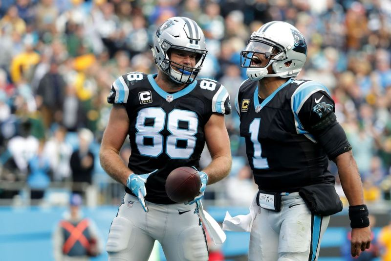 Greg Olsen is back, catches first TD this season